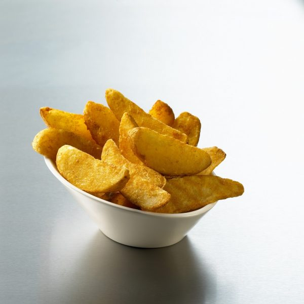 EDGELL SPICY BATTERED WEDGES (BOWL)